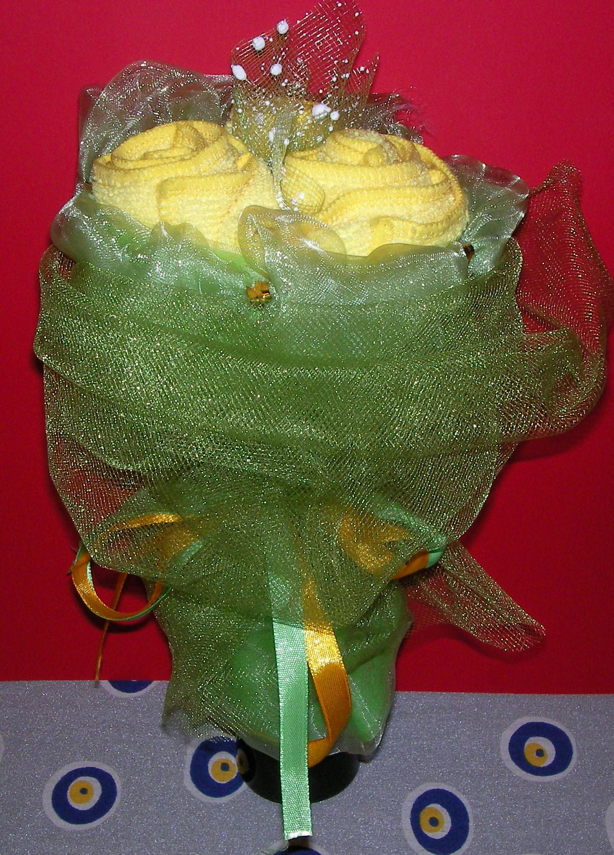 Праздничный букет своими руками, желтые розы
